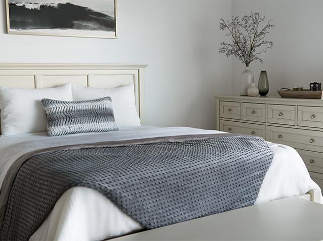 Weighted Blanket Lifestyle - Corner
