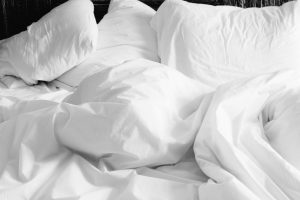 bedroom spring clean tips 2018